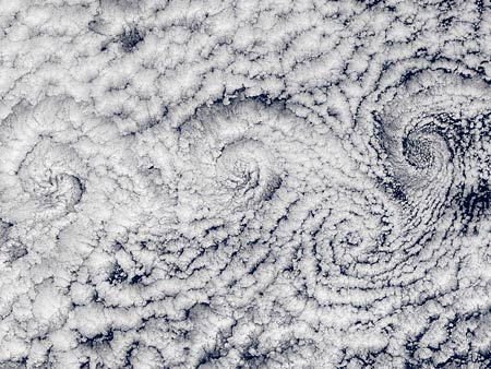 Natural Cloud Spiral Fractals